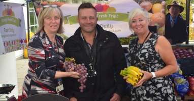 Fab fruit and veg stall a hit with staff and patients